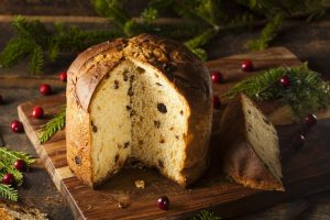 Italian pastries of all types shine during the holidays.